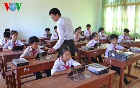 Không còn công chức giáo viên: Ý kiến của các chuyên gia Sư phạm