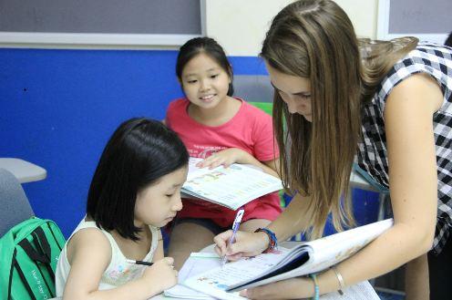Các trường tiểu học Hà Nội thiếu giáo viên tiếng Anh